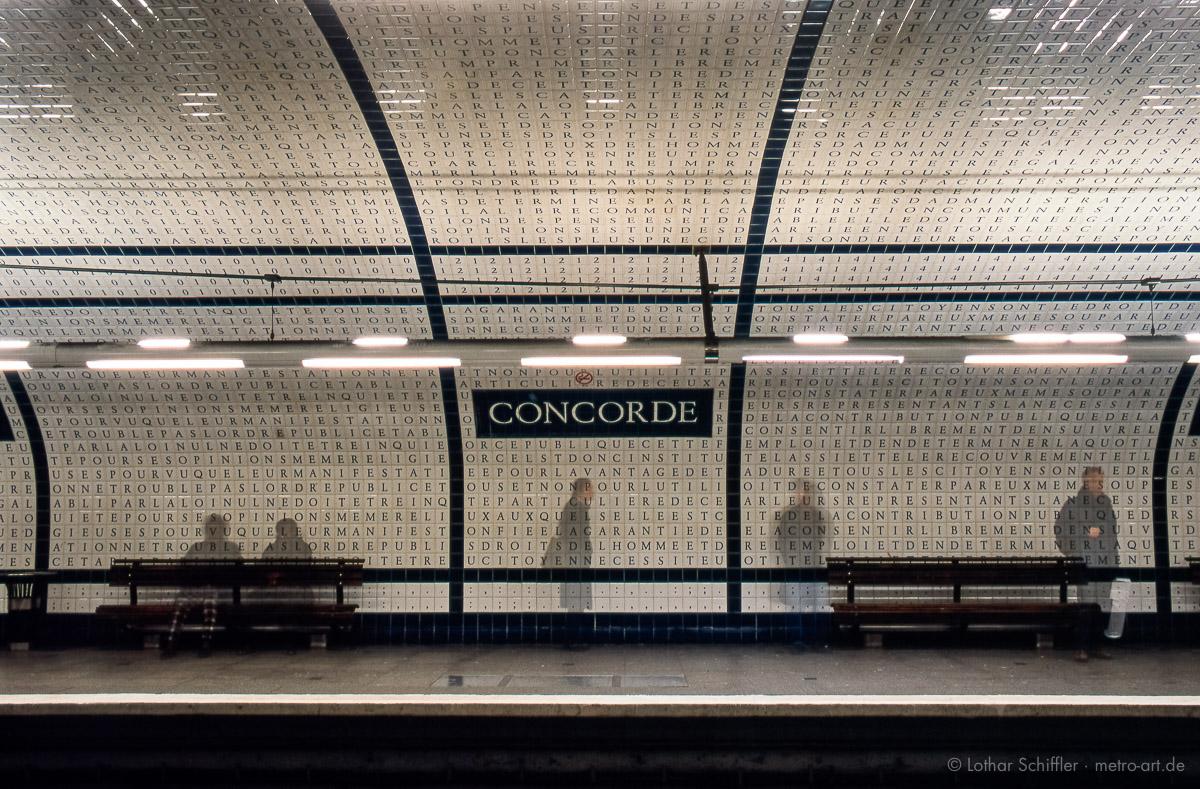 Metro Station CONCORDE, Deklaration der Menschenrechte, Projekt der Künstlerin Françoise Schein - Paris, Frankreich Europa - Metro Station CONCORDE, Declaration of Human Rights, Propject of Françoise Schein - Paris, France, Europe